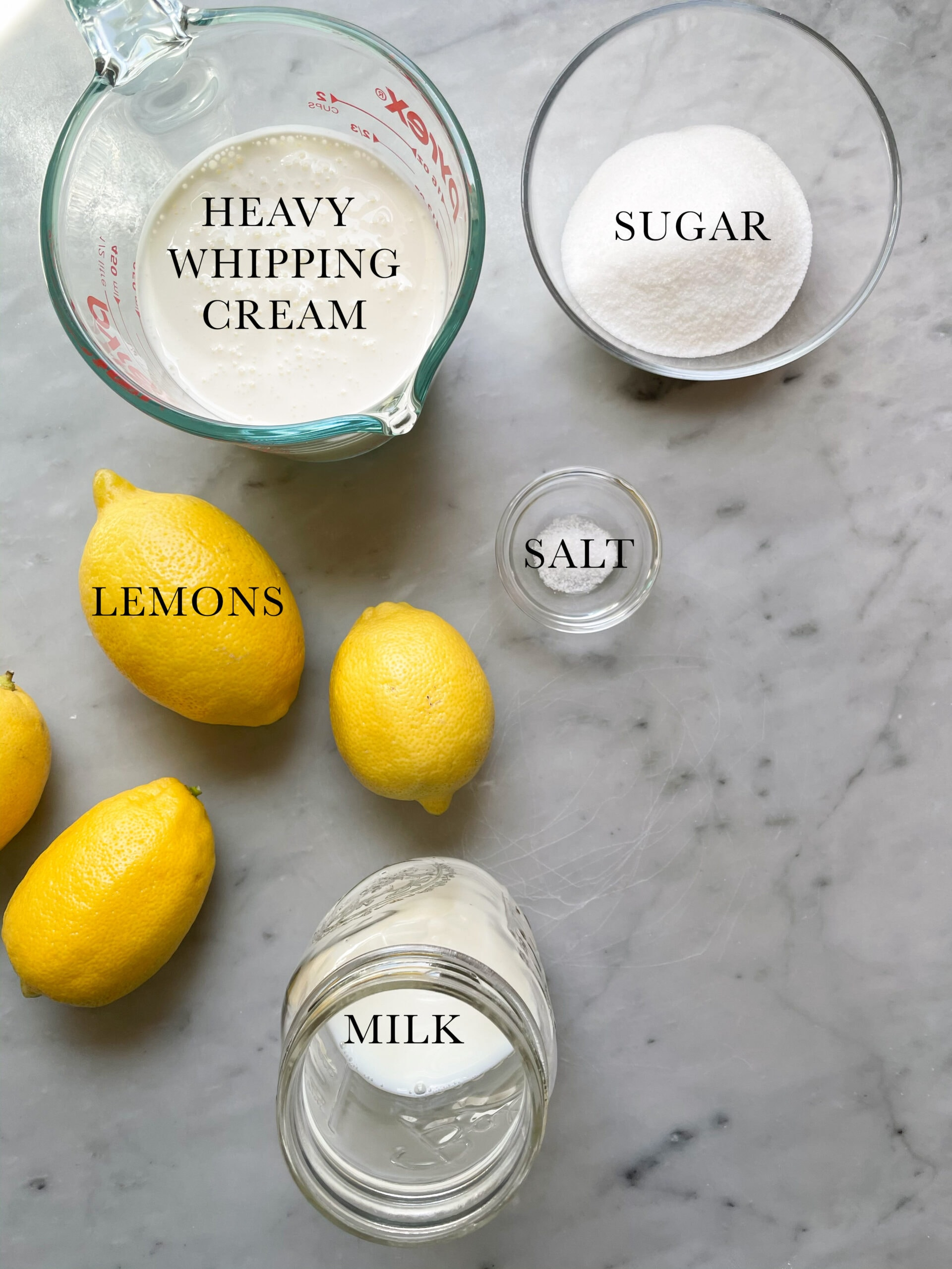 Ingredients for the No Churn Zitronen Eis.